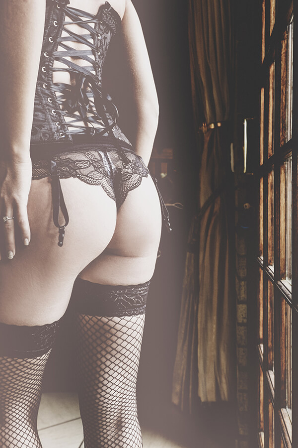 Professional Boudoir Photography done on location on the East Rand, Yolandi Jacobsz, Loci Photography