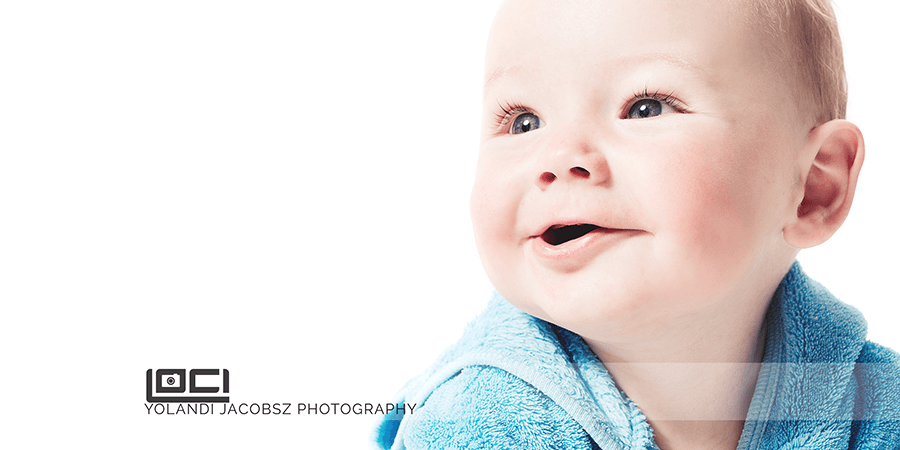 Banner for beautiful baby photography done professionally in Johannesburg blog by Yolandi Jacobsz of Loci Photography professional portrait photographer