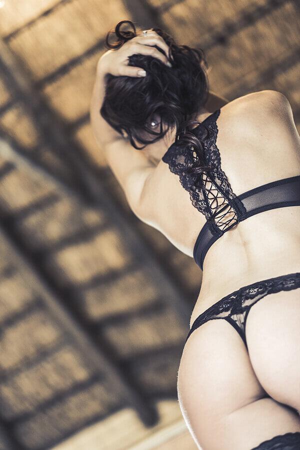 "<img src=""boudoirphotos.jpg"" alt=""Boudoir photos Gauteng Loci Photography"">"