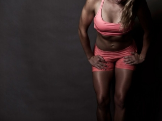 Example of doing stunning professional fitness photos on location in Hartbeespoort, by Loci Photography