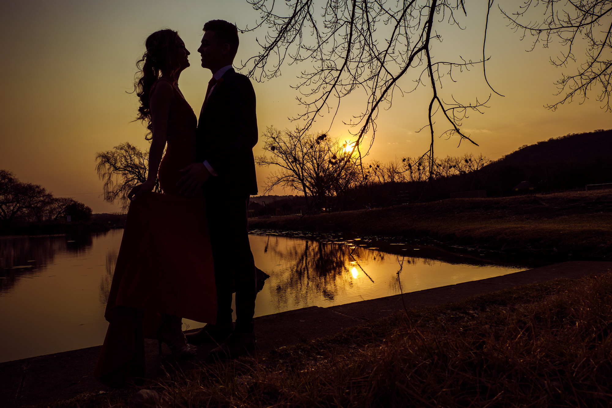 Couple dance photography - Sunset shot