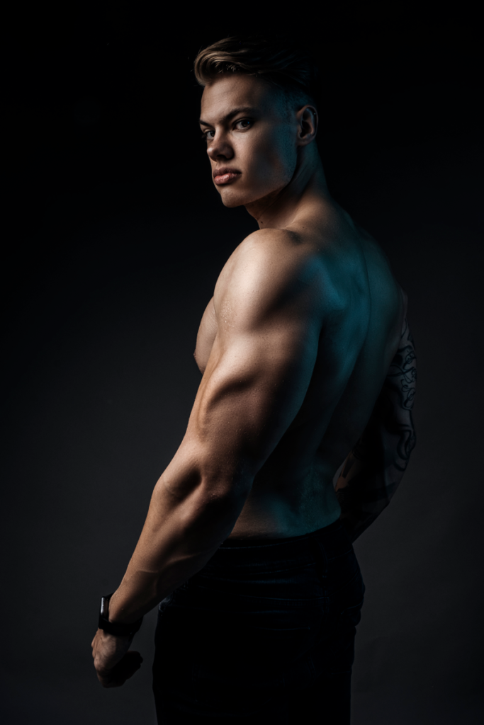 Fitness shoots using some colour done in studio y Loci Photography.