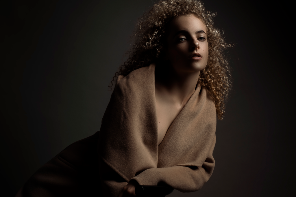 Portfolio shooting for young models in the Loci Photography studio.