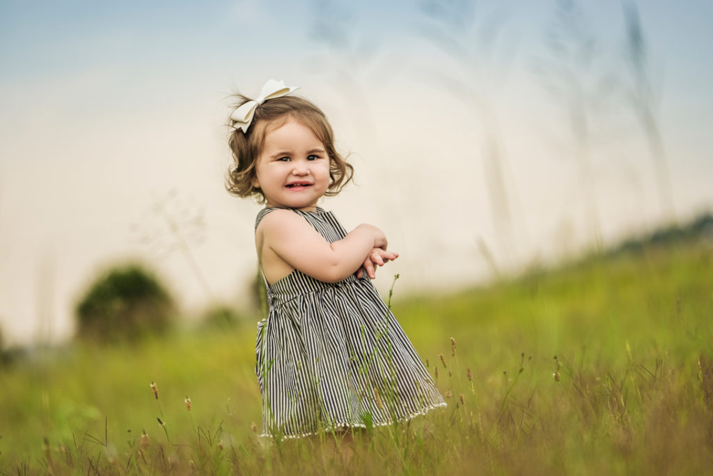 Image of little girl during photography done on location in Kempton Park by Pretoria photographer Yolandi Jacobsz of Loci Photography