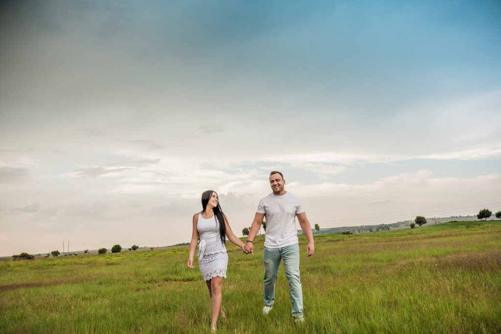Image of young couple during family photography done on location in Kempton Park by Pretoria photographer Yolandi Jacobsz of Loci Photography