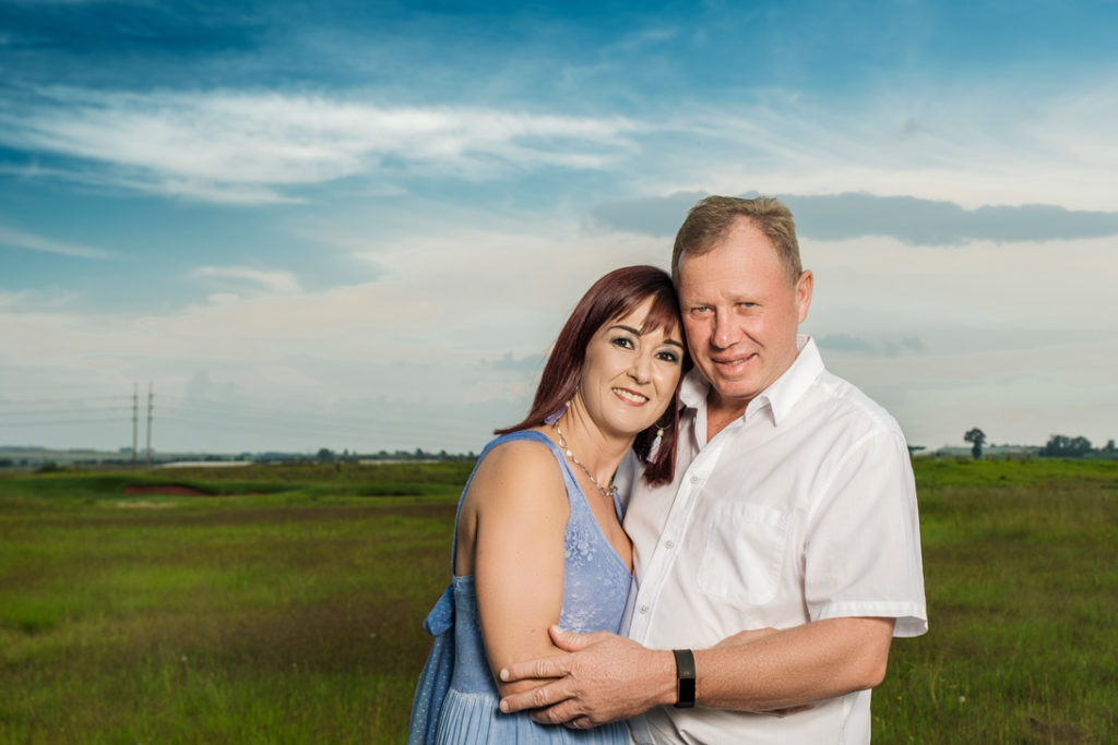 Image of grandparent couple during family photography done on location in Kempton Park by Pretoria photographer Yolandi Jacobsz of Loci Photography